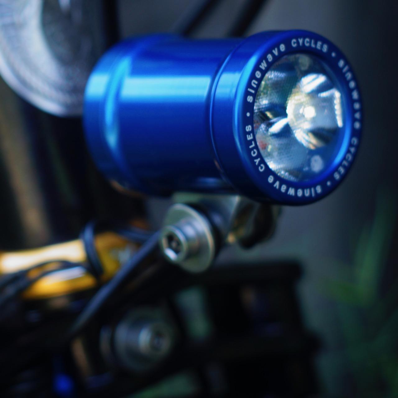 sinewave beacon bleu 2